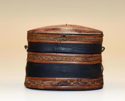 Bark tobacco box
