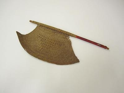 Fan, blade shape