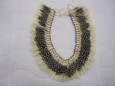Taahei / necklace