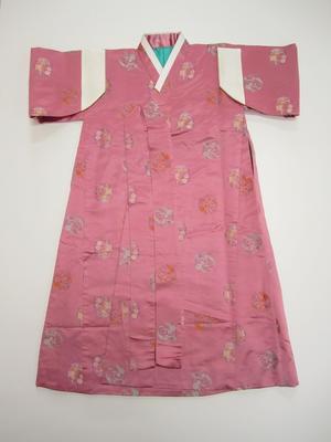 Korean women's coat (turumagi)