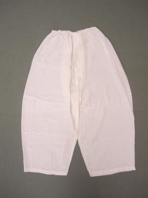 Korean women's undergarment (paji)