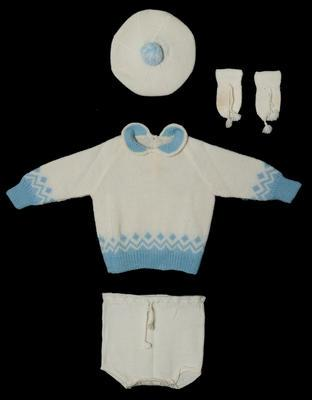 Baby's Outfit Set - Hat, Jumper, Romper Pants and Mittens