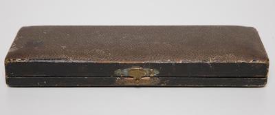 Women's Shoe Horn Set, includes two boot button hooks, in velvet lined case.