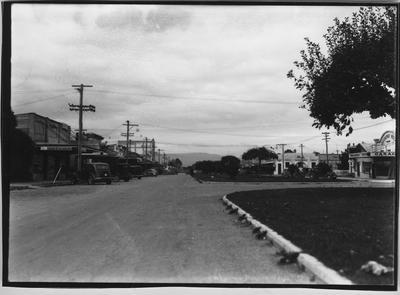 Glass plate negative – Broadway, Matamata