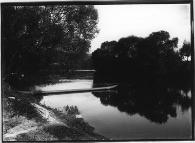 Glass plate negative – Ongarue River, Taumarunui