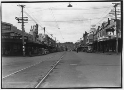 Glass plate negative – Victoria Avenue, Wanganui