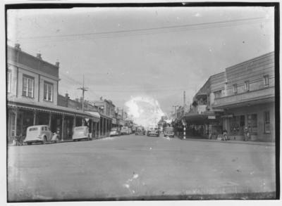 Glass plate negative – Devonport Road, Tauranga