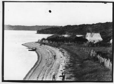 Glass plate negative – unidentified beach