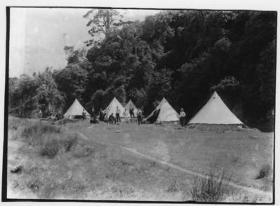 Glass plate negative – unidentified camping site in bush