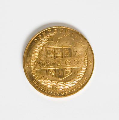 Medal – Commemerating Otago Centennial