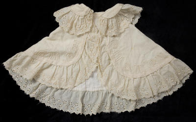 Child's Cream Cape