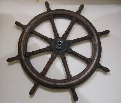 "Steering wheel, paddlesteamer -""Manuwai"""