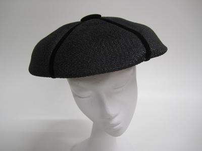 Women's hat, circular shape