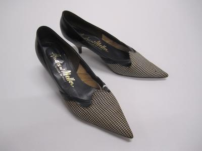 Women's stiletto shoes