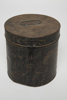 Hat box for Officer's Busby Hat, New Zealand Garrison Artillery Volunteers