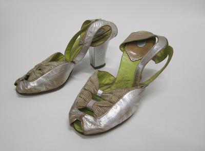 Women's evening shoes