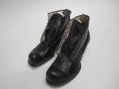 """Lace up boots,  """"COLES/PATRIATA"""""""
