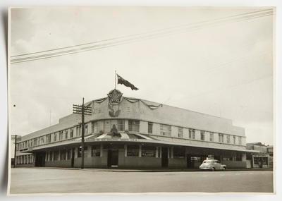 Photograph - Hotel Riverina, Hamilton