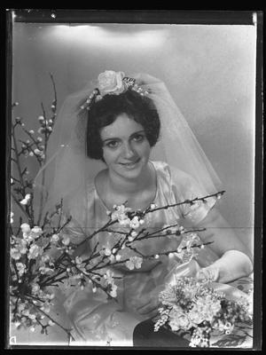 Glass plate negative – Bride (Curtis-Dunn wedding)