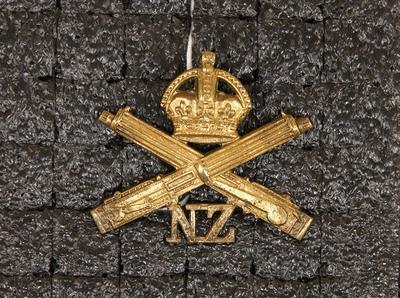 Badge – NZ Machine Gun Corps 1914–18