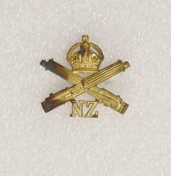 Hat badge – NZ Machine Gun Corps