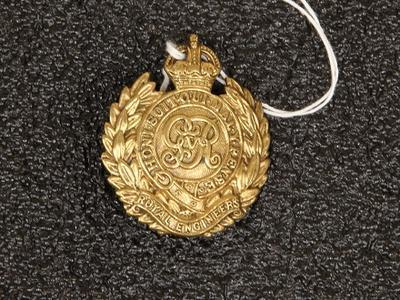 Hat badge – Royal Engineers