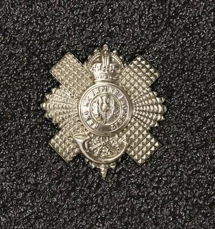 Hat badge – Royal Scots