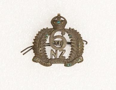 Hat badge – 6th Manawatu Mounted Rifles