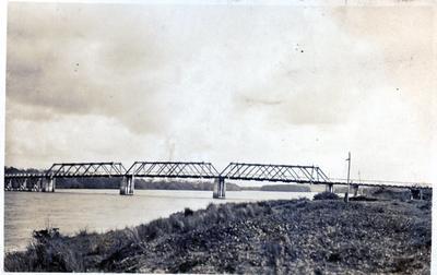 Photograph - Rangiriri Bridge, Waikato River