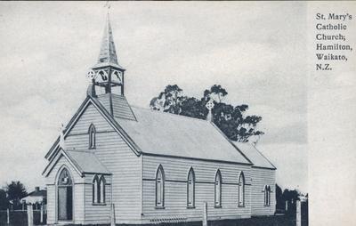Postcard – St. Mary's Catholic Church, Hamilton, Waikato, N.Z.