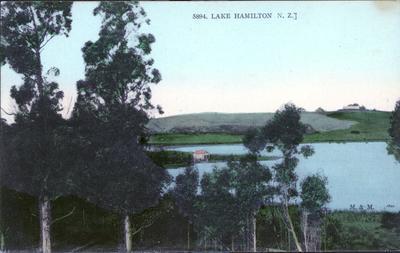 Postcard - Hamilton Lake.