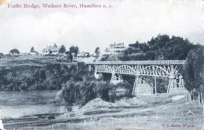 Postcard - Traffic Bridge, Waikato River, Hamilton