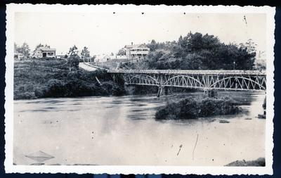 Postcard – Union Bridge, Hamilton, during a flood