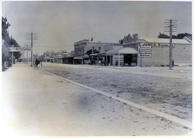Photograph - Main Street, Hamilton.