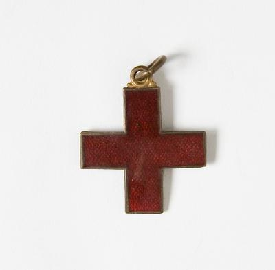Badge – Red Cross, 1915