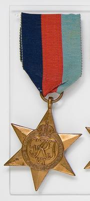 Medal – 1939-45 Star, R.J.  Devonshire