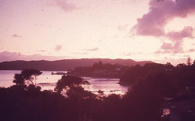 Slide - Raglan sunset
