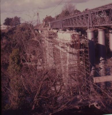 Slide - new railway bridge, Hamilton