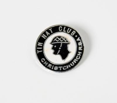 Badge – Tin Hat Club, Christchurch, RSA