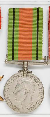 Medal – defence WWII,  R.J.  Devonshire