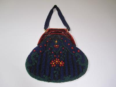 Women's beaded purse