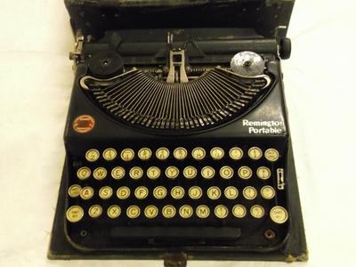 Typewriter - Remington Portable In Case