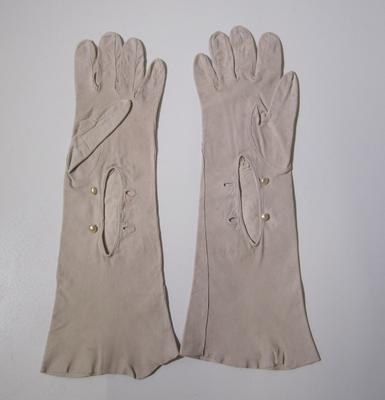 Women's kid gloves