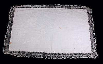 Tray cloths