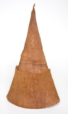 Hat bark fibre