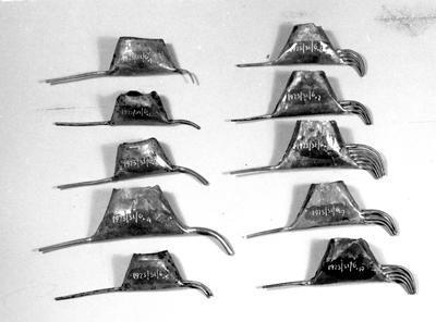 Tjanting (wax holder)