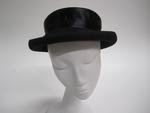 Women's black felt hat